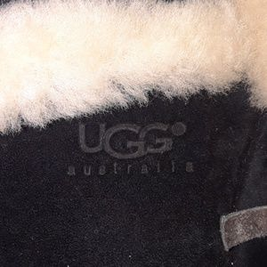 UGG Shoes - UGGS - Winter boots sold